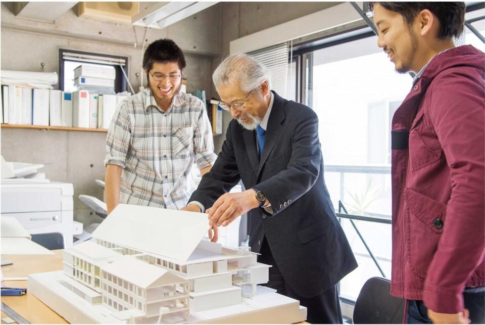21世紀の建築はどうあるべきか。地球全体に、どう寄与していくか。僕らの世代は、その道筋をつけていく責務があると思う