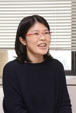 教授 冨永祥子